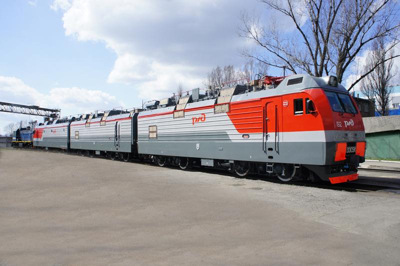 О программе закупки и обновления подвижного состава российских железных дорог в 2015-2017 годах