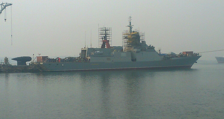 Амурский судостроительный завод будет достраивать и сдавать корабли в Находке