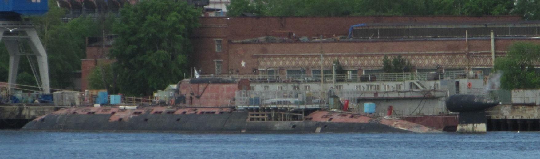 Работы по ремонту и модернизации атомных подводных лодок проекта 945 приостановлены