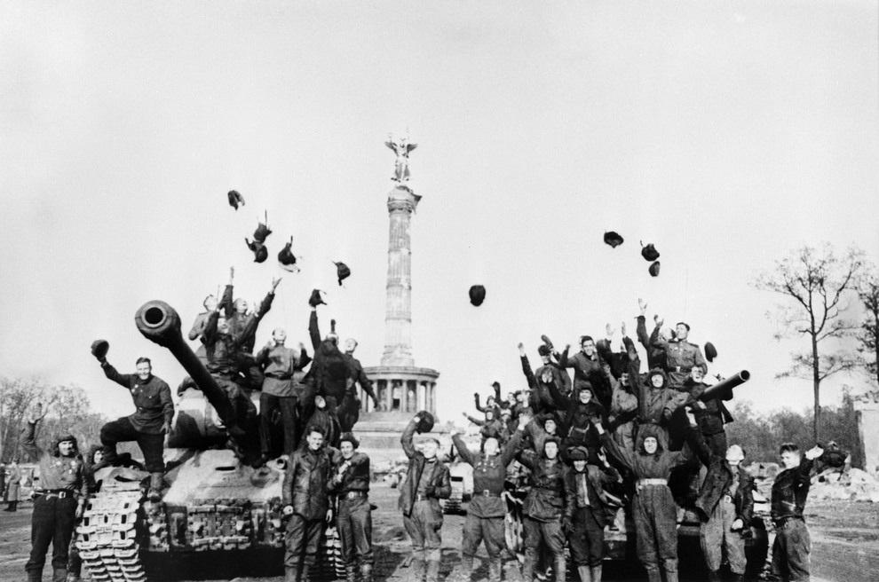 С Днем Победы 9 мая !