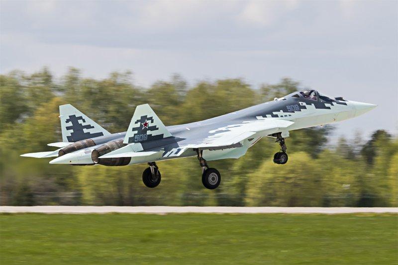 Первые фотографии самолета Т-50-9