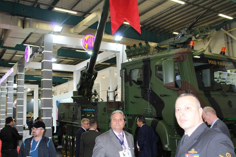 Новые турецкие 155-мм самоходные гаубицы на колесном шасси 126