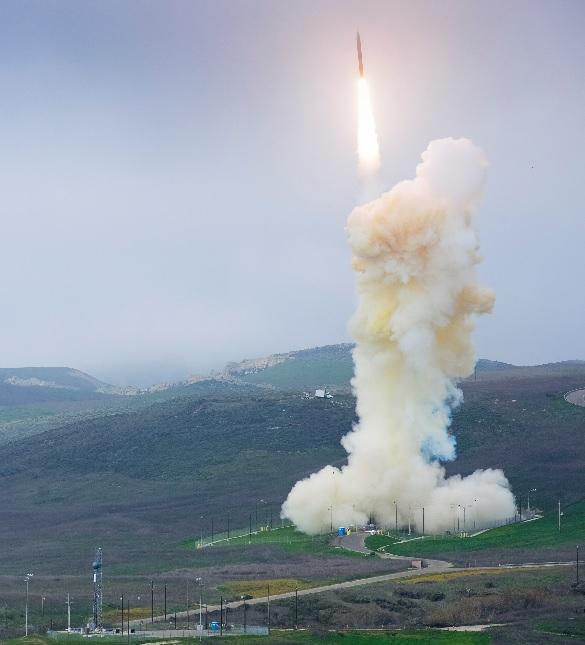 Американская противоракета GBI впервые перехватила имитатор МБР