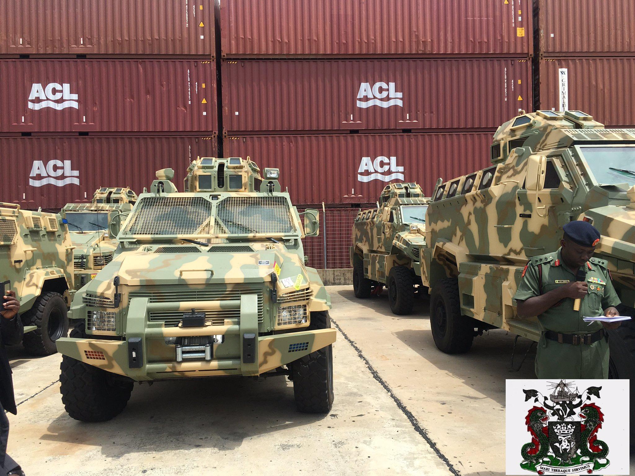 Министерство обороны Нигерии получает бронеавтомобили Typhoon и Spartan