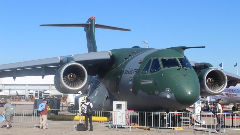Авиасалон в Ле Бурже - картинки с выставки. Часть 2: военная авиация