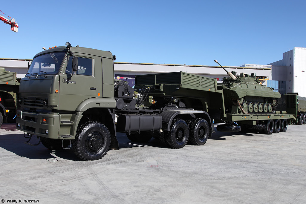 The Russian Military Automotive Fleet - Page 4 4397003_original