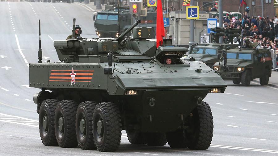 Глава Военно-промышленной компании Александр Красовицкий о бронетранспортере «Бумеранг»
