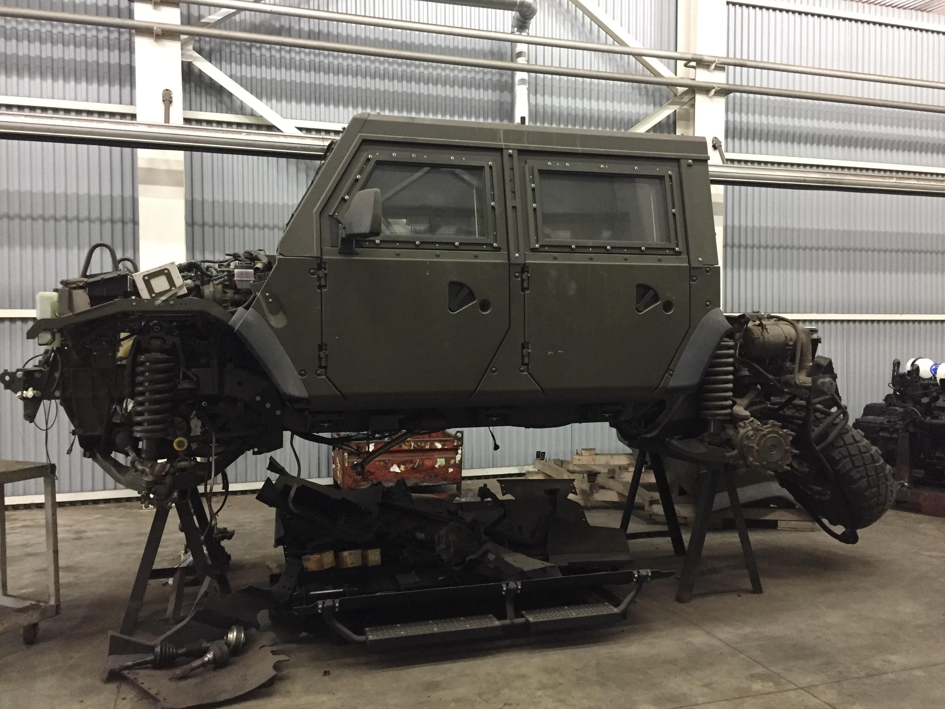 """Мечта моделиста: бронеавтомобиль """"Рысь"""" в деталях"""