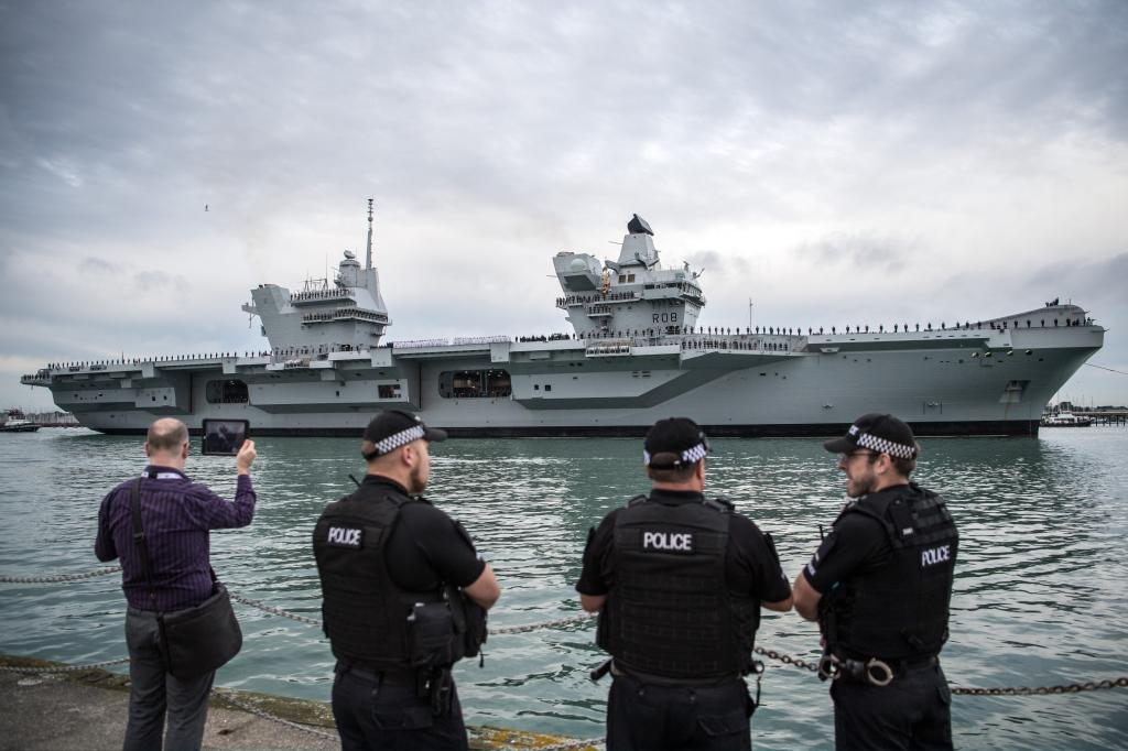 Royal Navy - Fleet Air Arm: News - Page 3 4552171_original