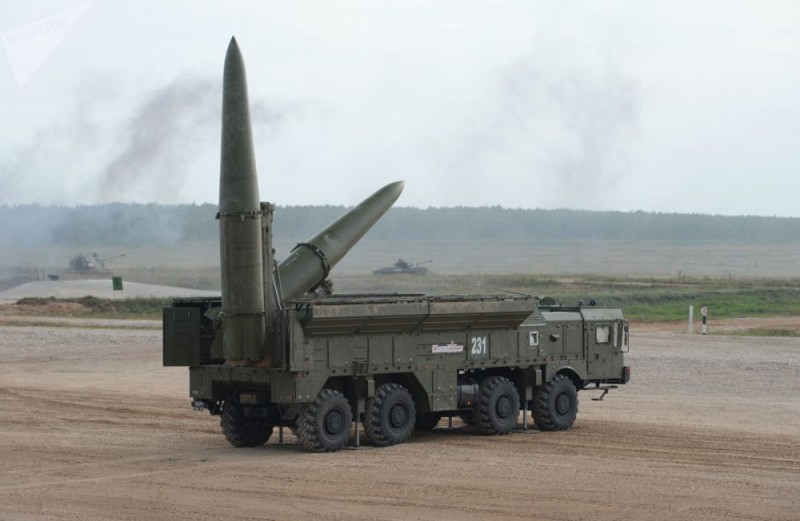 Алжир стал вторым экспортным заказчиком оперативно-тактического ракетного 14191097