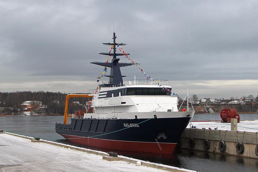 Спущено на воду опытовое судно «Ильмень» проекта 11982