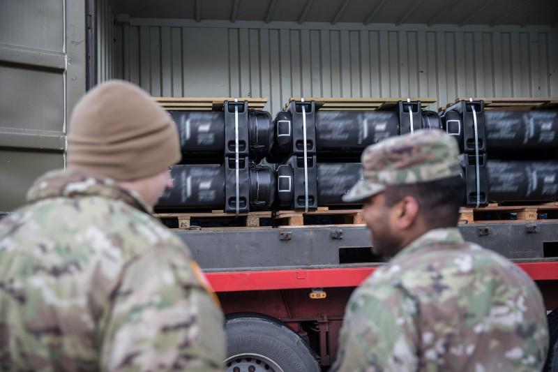 Эстония получила новую партию противотанковых ракетных комплексов Javelin
