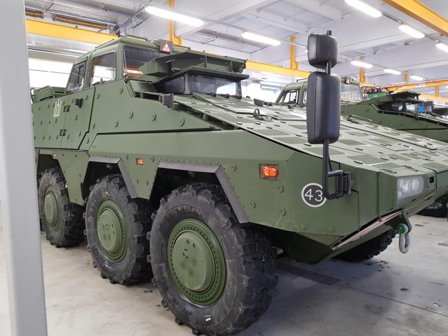 Литва получила первые два учебных бронетранспортера Boxer Литвы, Boxer, варианте, машин, национальной, обороны, министерство, колесных, Vilkas, учебном, батальона, будут, производства, 15122017, Rheinmetall, армии, литовской, полученных, вооруженными, силами