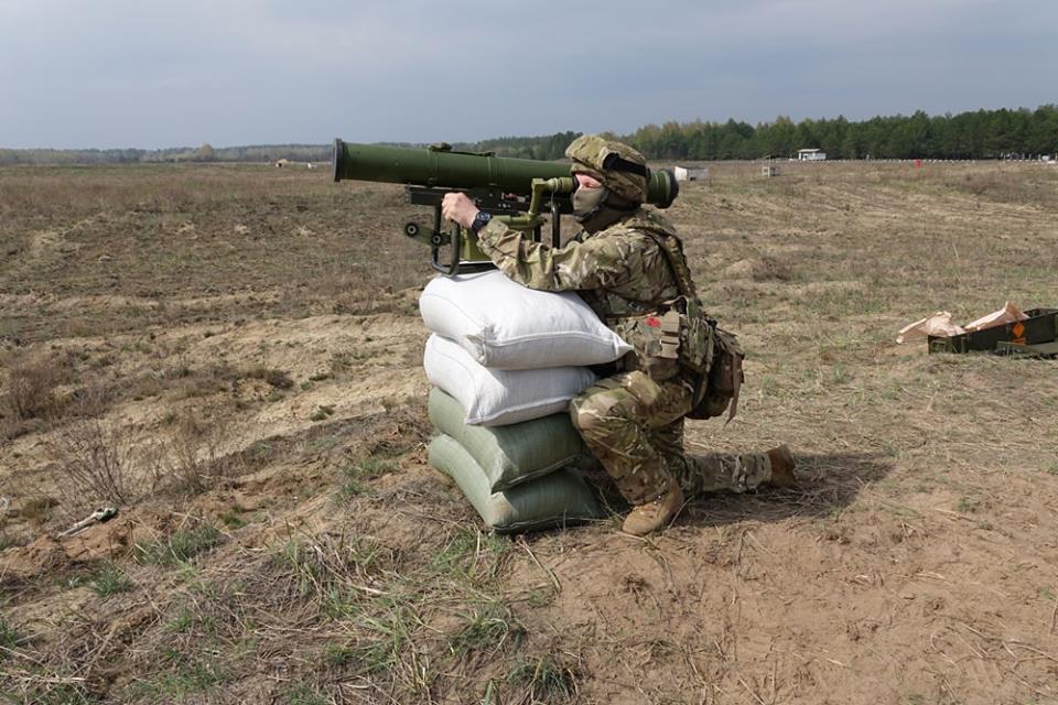 """Вооруженные силы Украины планируют приобретение 500 БЛА и 800 ПТРК """"Стугна"""" и """"Корсар"""""""