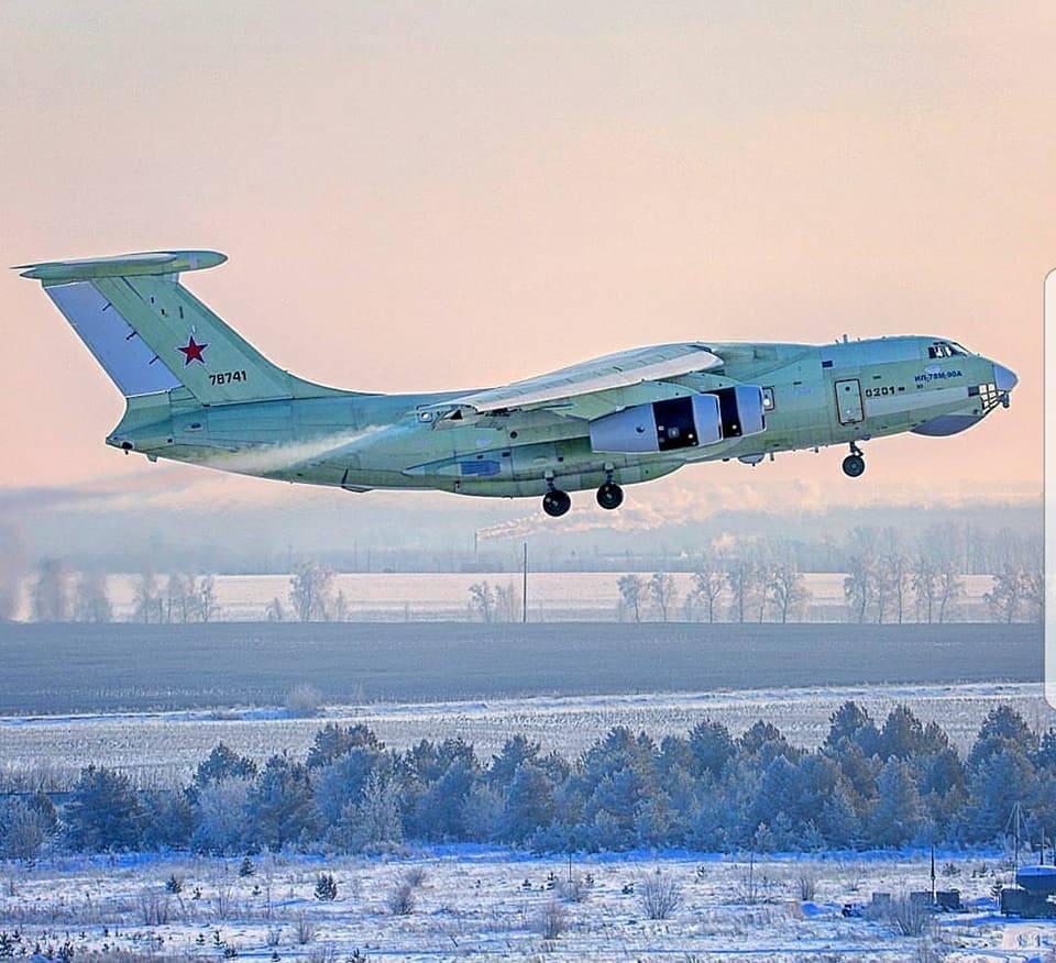 Начаты летные испытания первого образца самолета-заправщика Ил-78М-90А