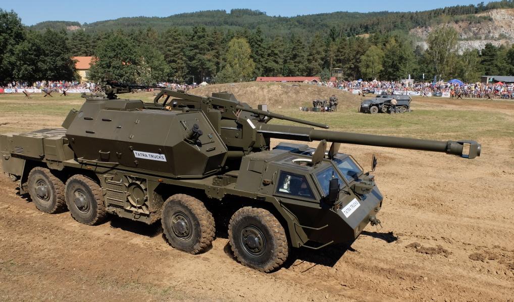 Министерство обороны Чехии отказалось от модернизации самоходных гаубиц Dana