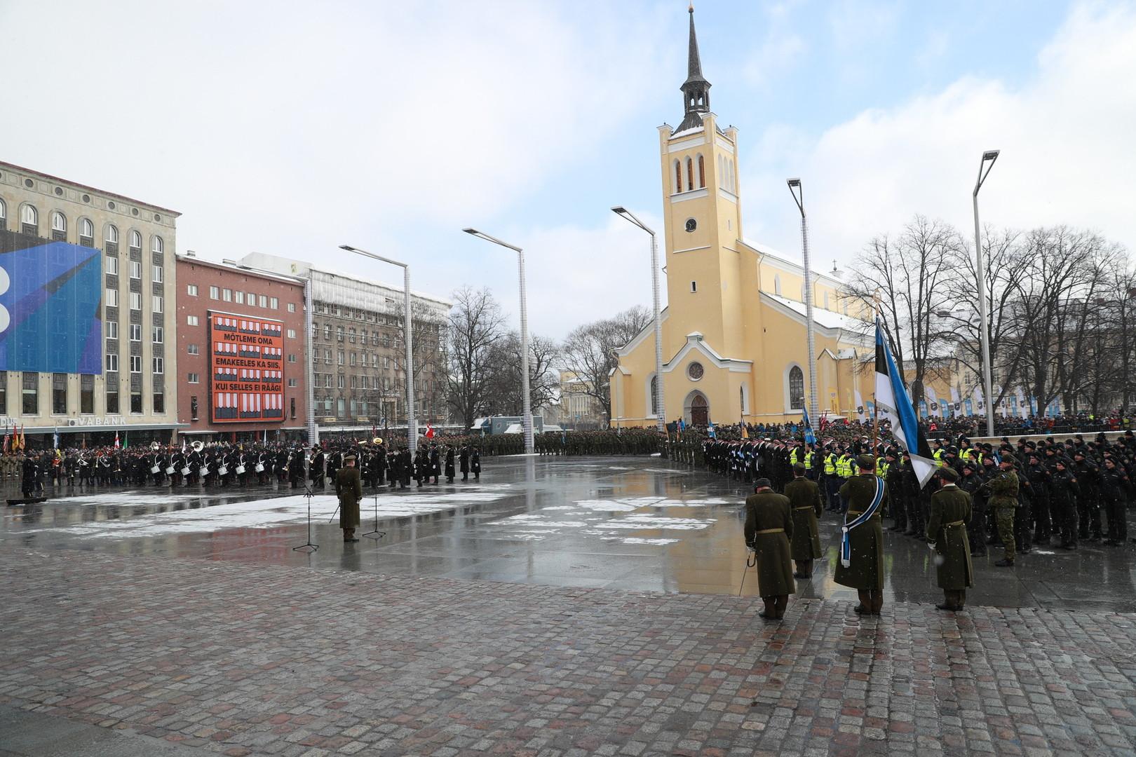 Военный парад в честь 100-летия Эстонской Республики