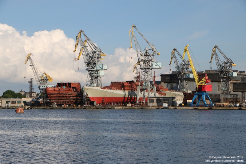 fregatyi_admiral_istomin_i_admiral_kornilov_proekta_11356-r39sf66b-1503162457 (1)