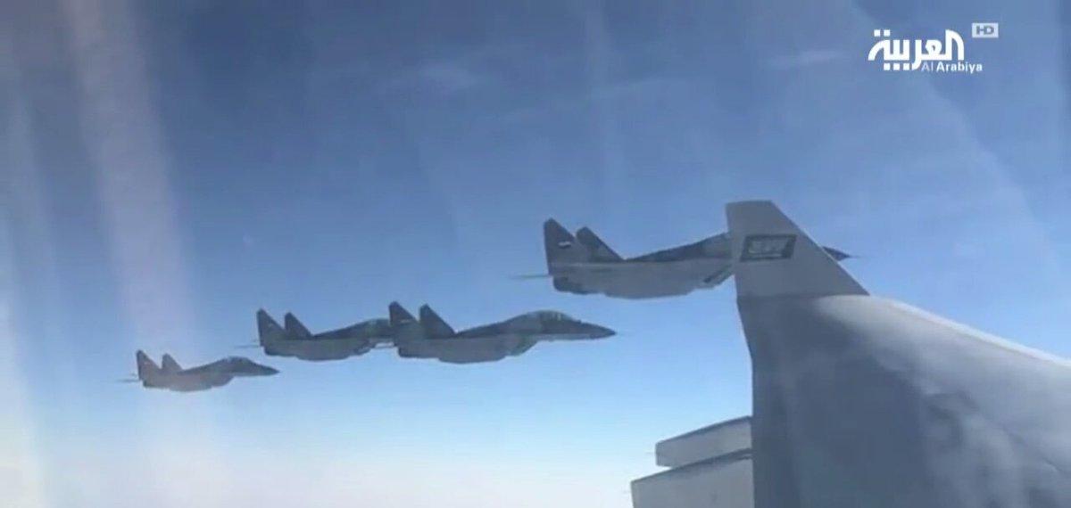 Истребители МиГ-29М ВВС Египта сопровождают самолет принца Мухаммеда ибн Салмана Аль Сауда