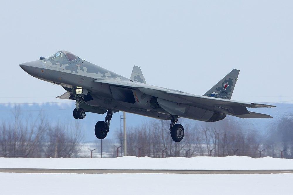 Последний опытный образец ПАК ФА совершил перелет из Комсомольска-на-Амуре в 447d50d9e82036d5a69a33859e6c1260