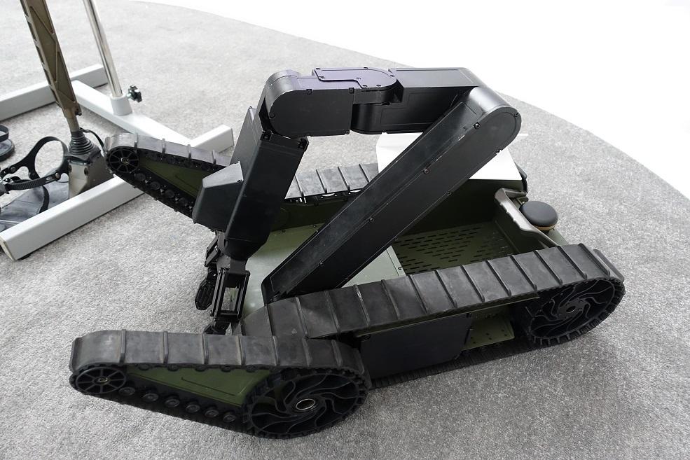 Наземные роботизированные и безэкипажные системы на выставке UMEX-2018 a11