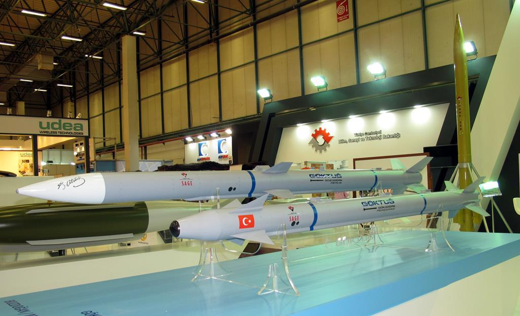 """Первые испытания турецких управляемых ракет класса """"воздух - воздух"""""""