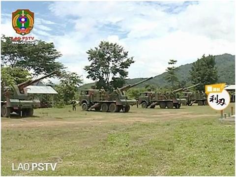 Лаос получил китайские самоходные гаубицы и интересуется модернизированными танками Т-72