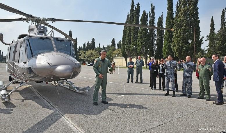 Черногория начала получать вертолеты Bell 412