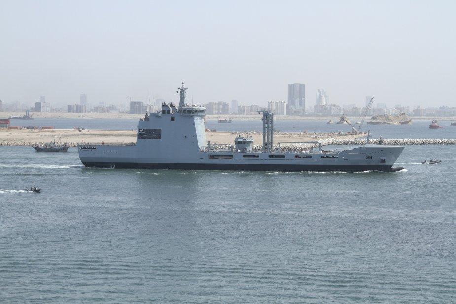 Танкер снабжения для пакистанского флота