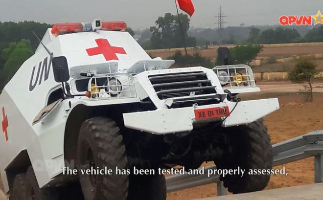 Медицинский БТР-152 вьетнамского контингента миротворческих сил ООН в Южном Судане