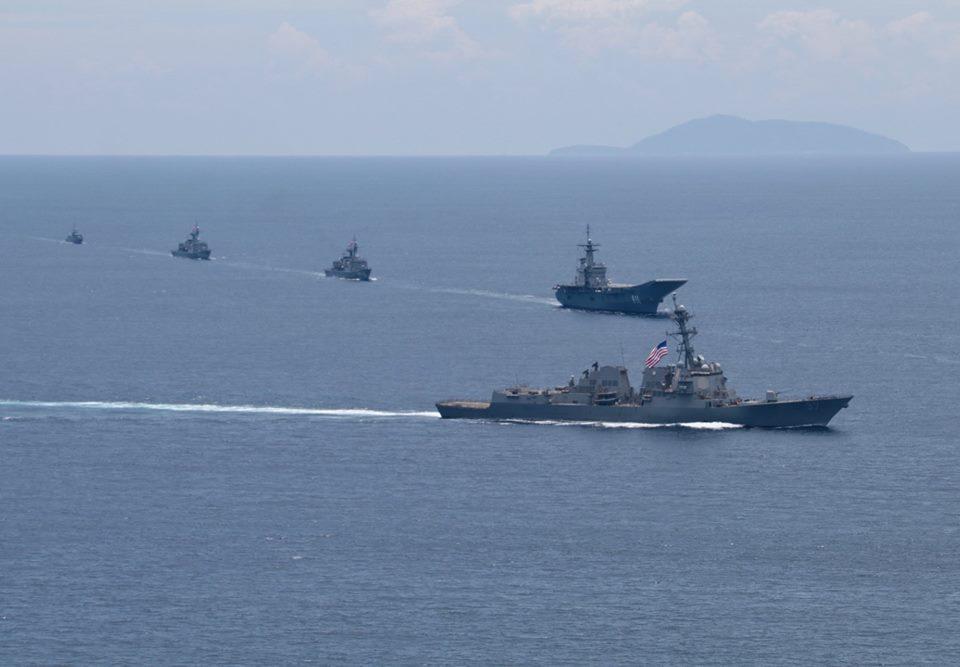 Авианосец Chakri Naruebet ВМС Таиланда на совместных тайско-американских учениях Guardian Sea 2018