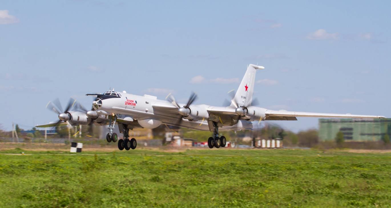 Отремонтирован очередной противолодочный самолет Ту-142МК
