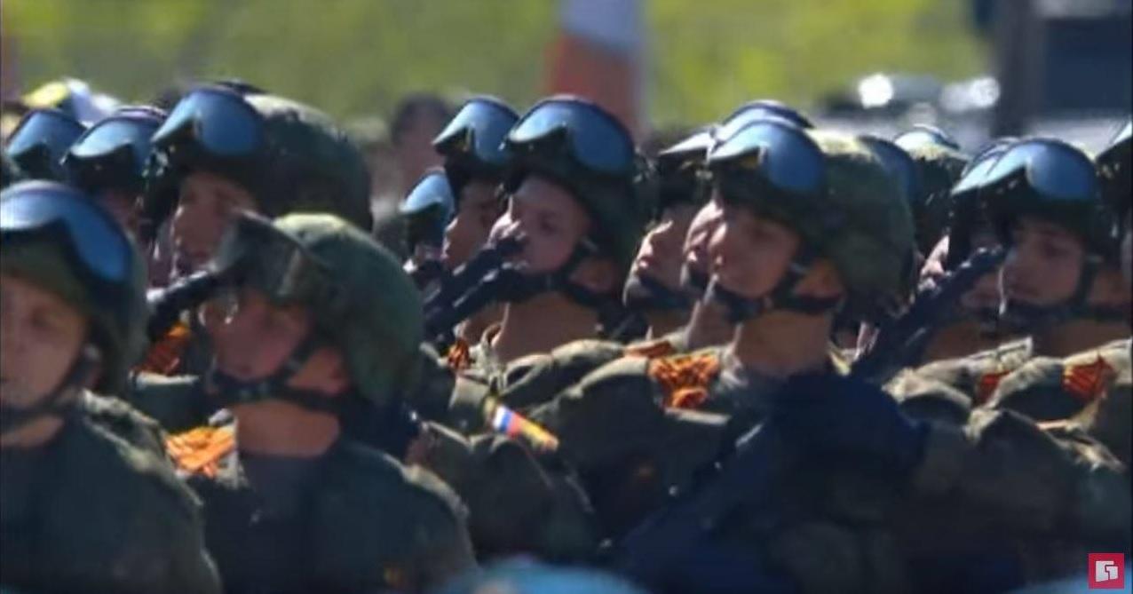 Nikonov's rifles at the parade in Khabarovsk