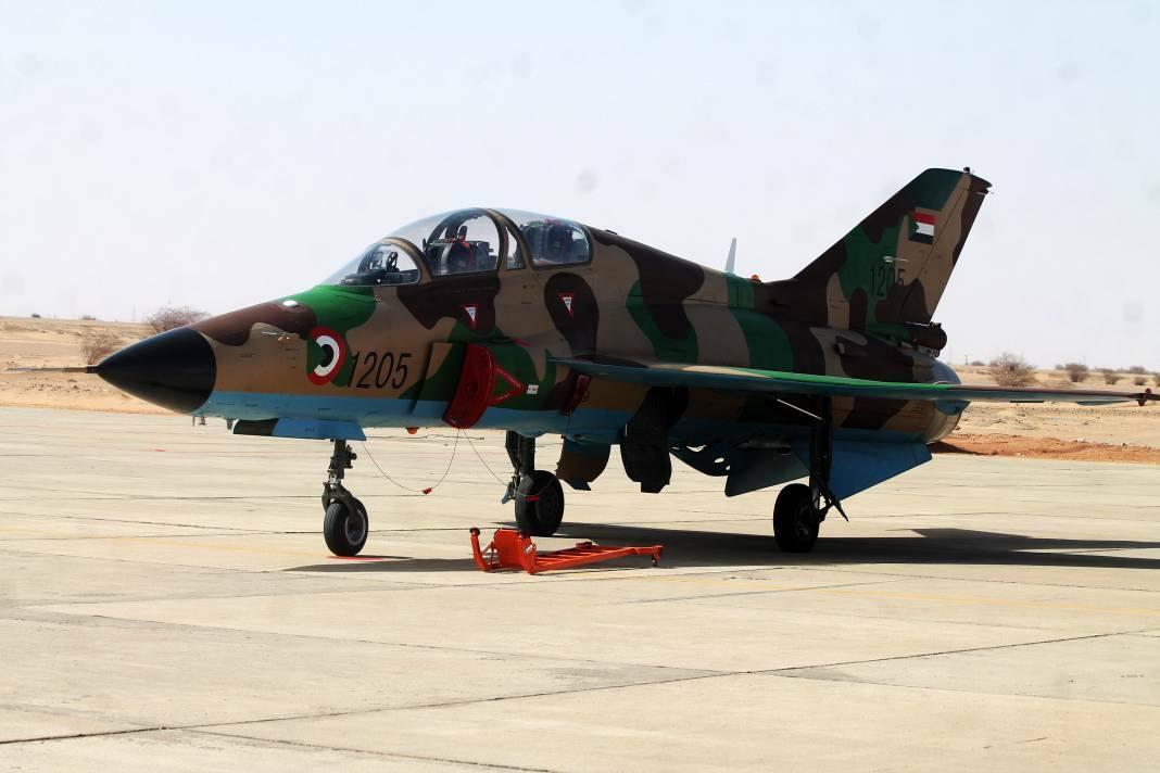 Судан получил китайские учебно-боевые самолеты FTC-2000