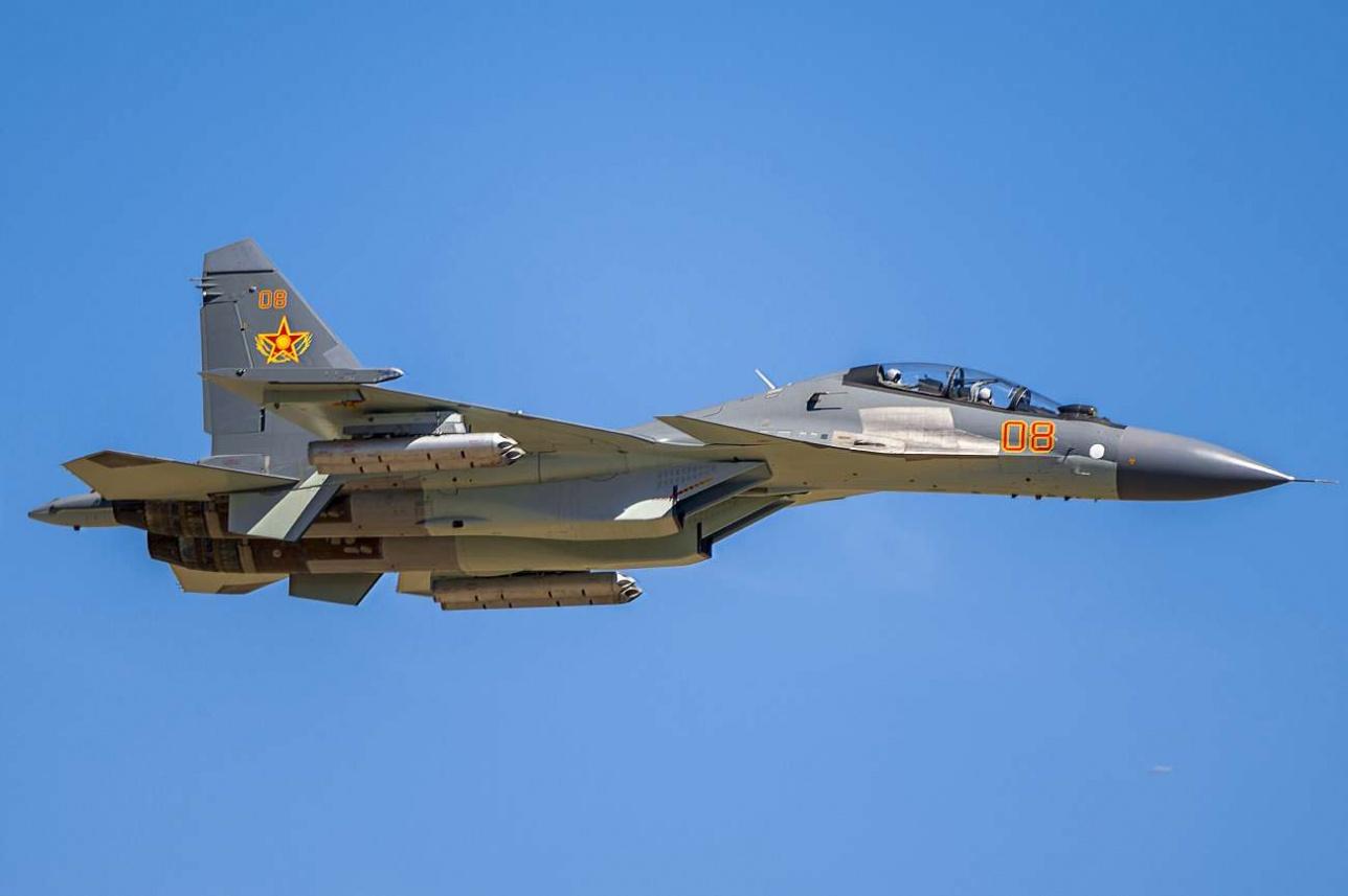 Подписан контракт на закупку Казахстаном еще восьми истребителей Су-30СМ