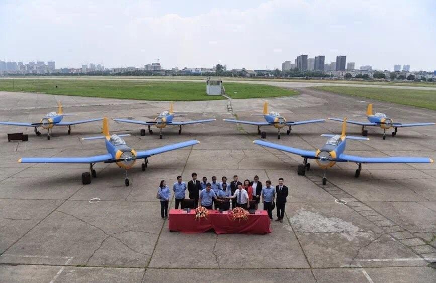 Шри-Ланка получила шесть китайских учебно-тренировочных самолетов РТ-6