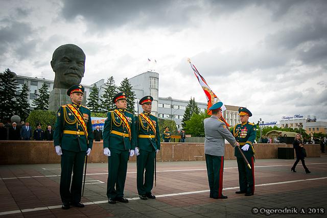 Военный парад в честь 50-летия со дня формирования 36-й общевойсковой армии в Улан-Удэ