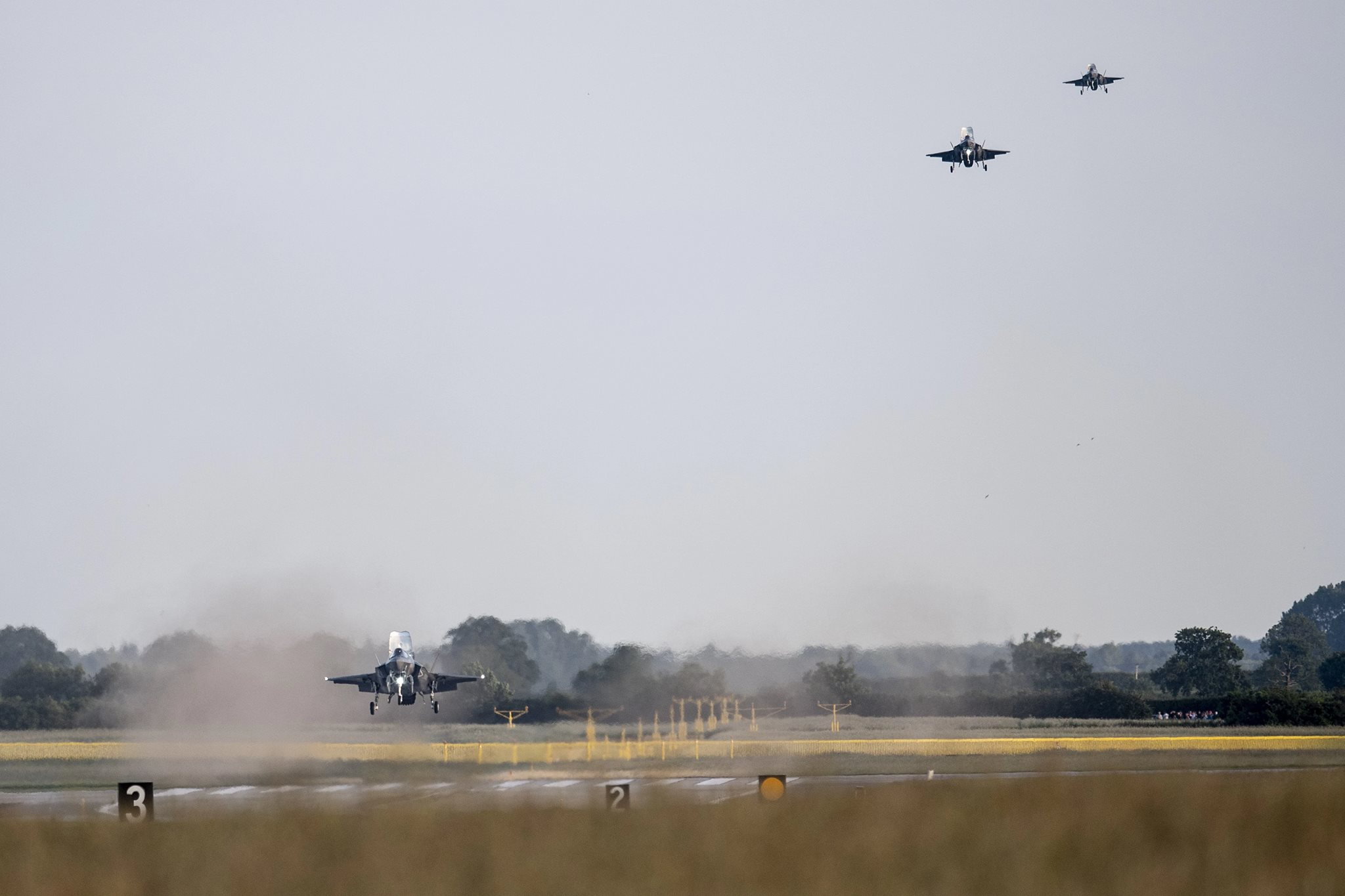 Четыре первых британских истребителя F-35B прибыли в Великобританию Великобритании, Мархэм, Martin, Lightning, номера, британской, авиабазе, 06062018, британских, истребителя, Lockheed, эскадрилья, военные, состава, эскадрильи, время, британские, Четыре, ZM145, Airbus