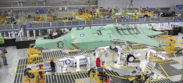 Данные о трудозатратах при производстве истребителя F-35
