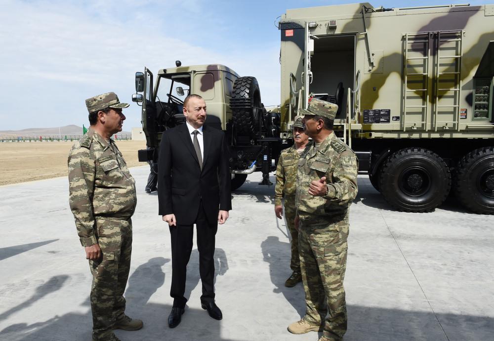 Азербайджан продемонстрировал ракетные комплексы