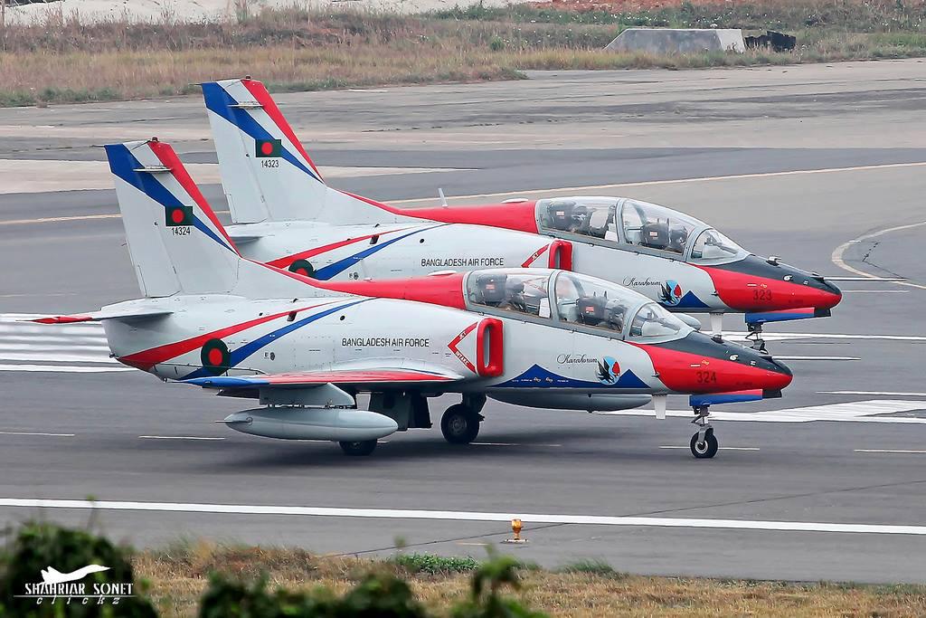 Бангладеш закупает дополнительные китайские учебно-боевые самолеты К-8W