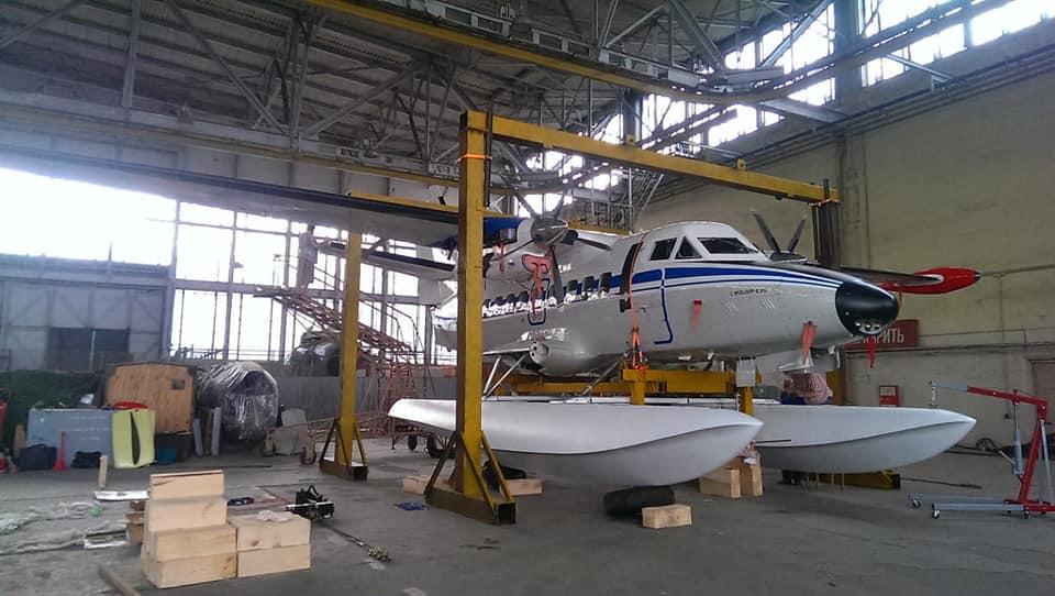 Поплавковый вариант самолета L-410