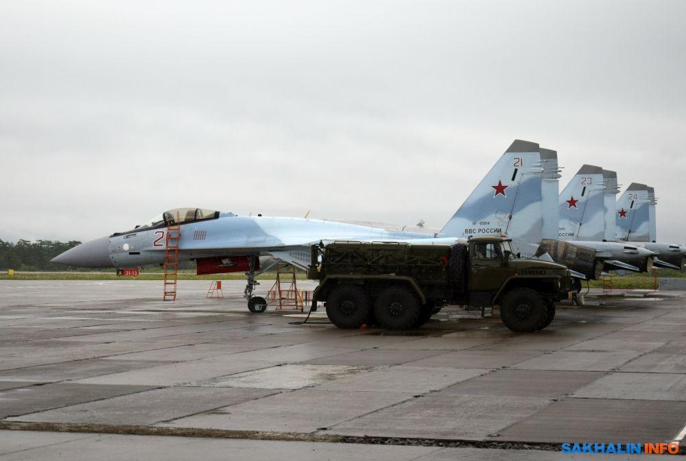 Истребители Су-35С ВКС России заступили на опытно-боевое дежурство на Итурупе
