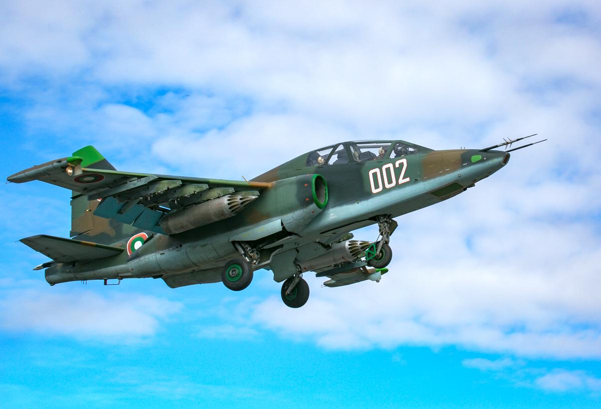 Su-25UBK_02 (3)