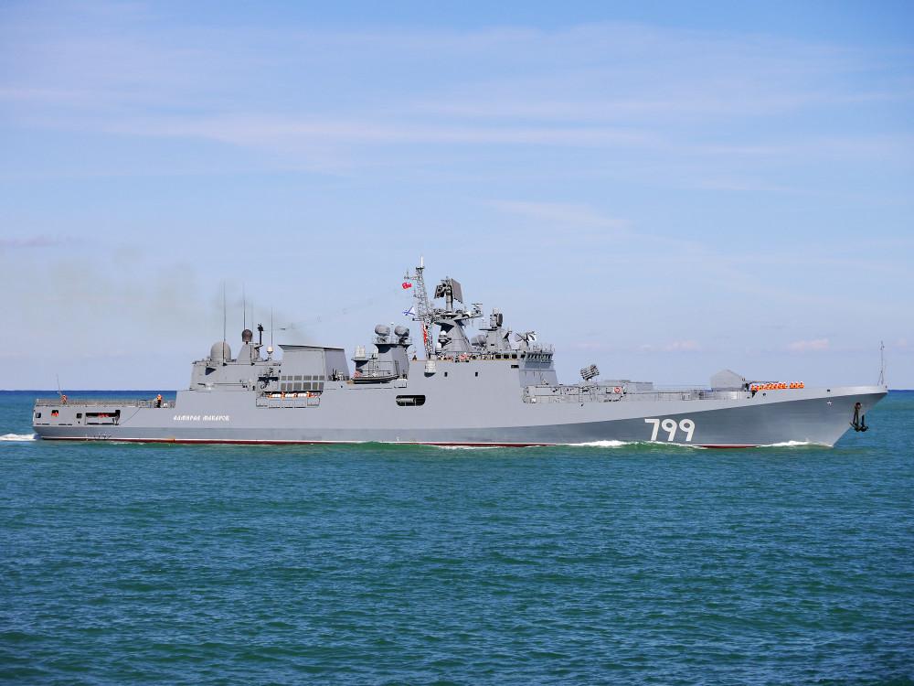 05-6736885-admiral-makarov-04-big
