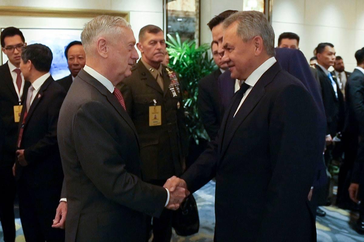 Первая личная встреча министров обороны России и США Сергея Шойгу и Джеймса Мэттиса