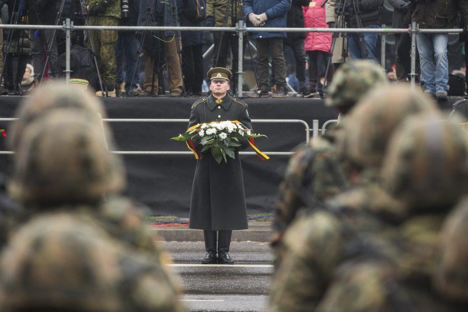 Военный парад в честь 100-летия литовской армии