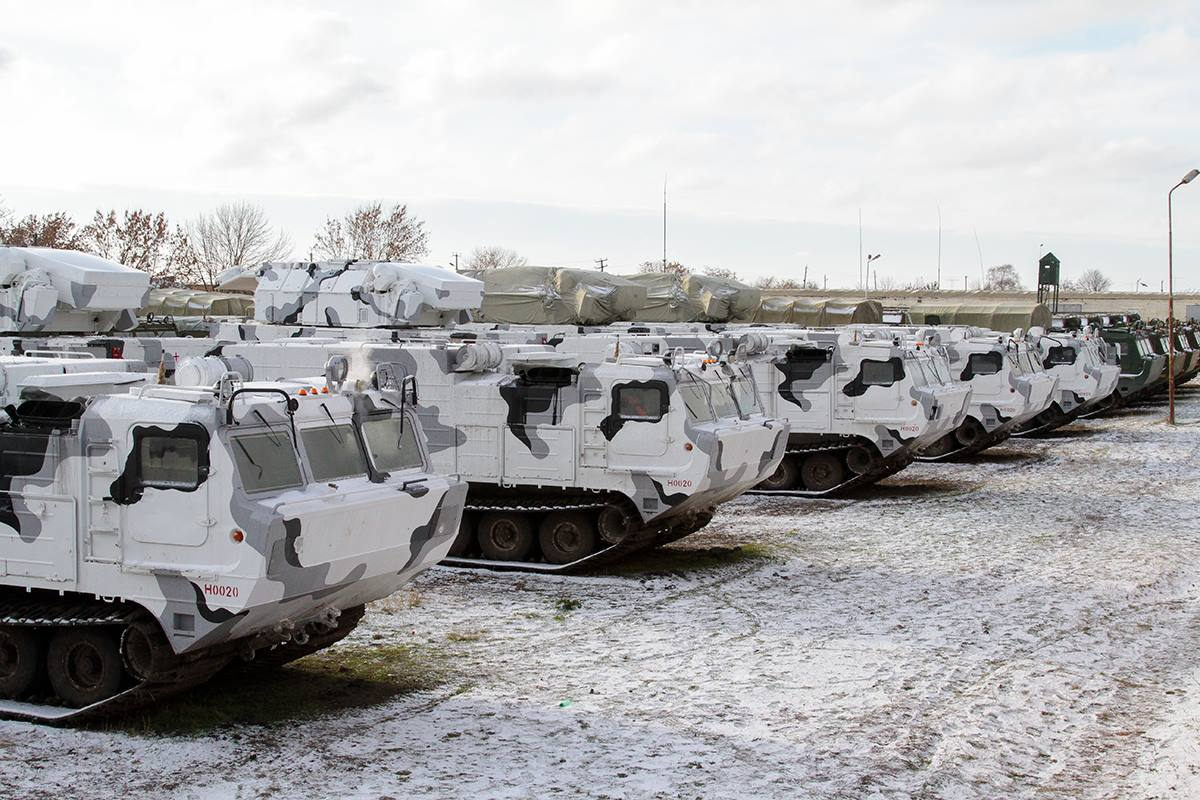 Поставлена первая серийная партия зенитного ракетного комплекса «Тор-М2ДТ»