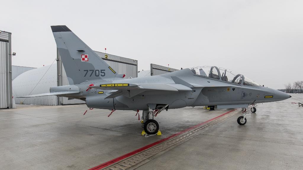 Польша заказала еще четыре учебно-боевых самолета М-346