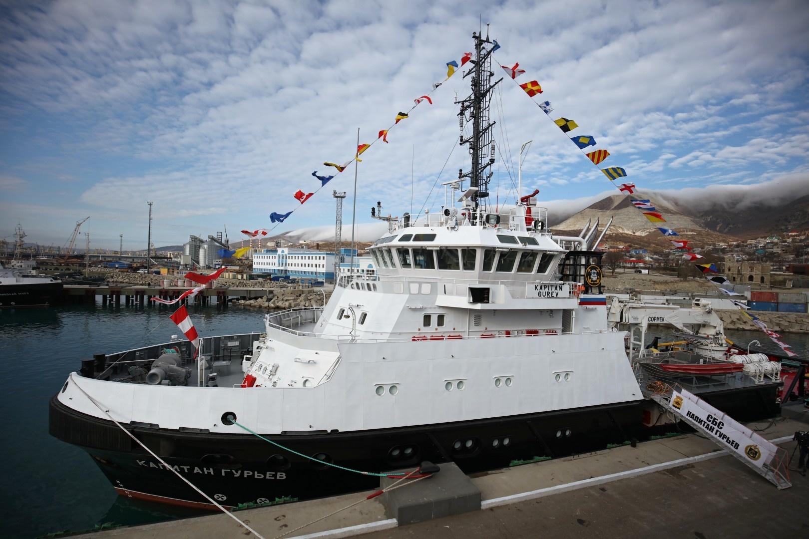 Введено в строй спасательно-буксирное судно «Капитан Гурьев» проекта 22870